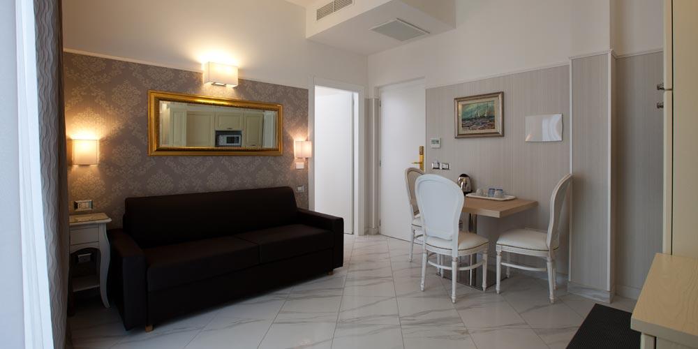 Hotel residence lusso Rimini Marina Centro, b&b Villa del ...